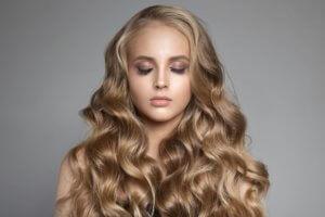 traumhafte Locken Haarverlängerung